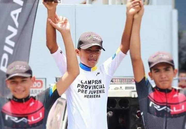El joven Isaías Sánchez fue campeón provincial pre-juvenil de Herrera. Foto: Twitter