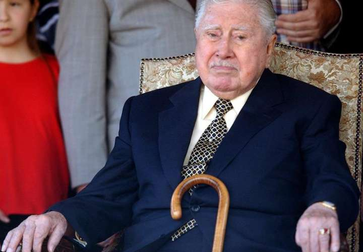 En la imagen, el exdictador chileno Augusto Pinochet. EFEArchivo