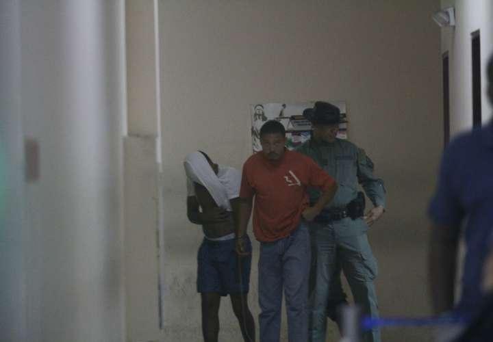 Los investigados fueron llevados bajo fuertes medidas de seguridad al acto de audiencia realizado este domingo.