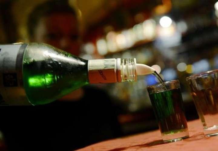 El abuso del alcohol abre el paso de bacterias del colon al resto del cuerpo