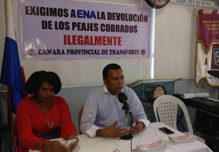 Transportistas exigirán devolución de pago de peajes