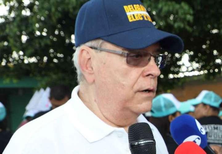 Fausto Fernández será el abanderado el 4 de noviembre
