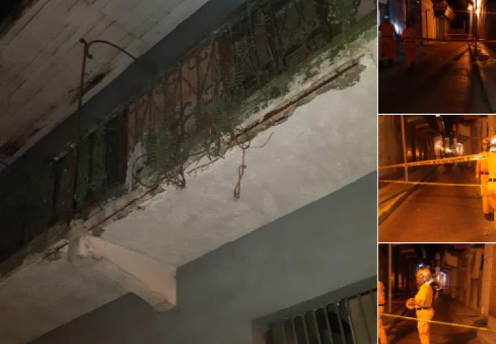 Se desploma edificio en San Felipe