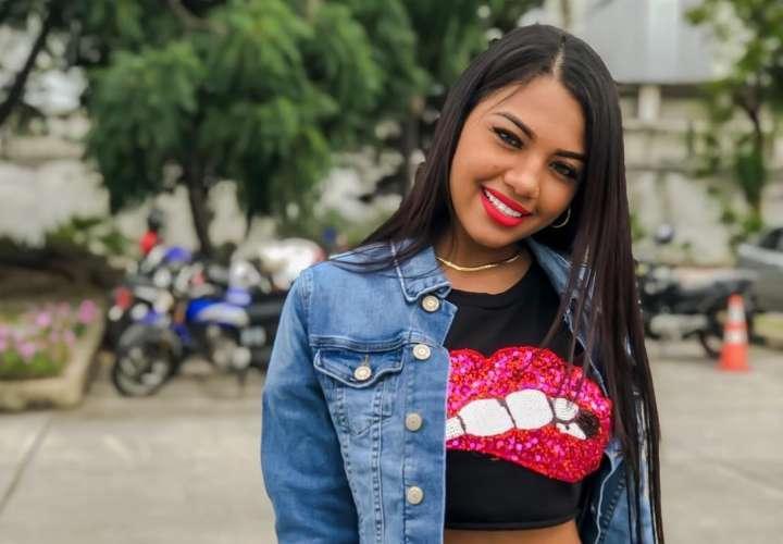 'La Cuchita' Anyuri formó tremendo rumbón en Ecuador