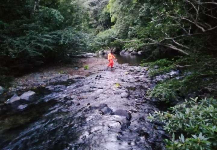 Niño de siete años se pierde y lo encuentran ahogado en Colón