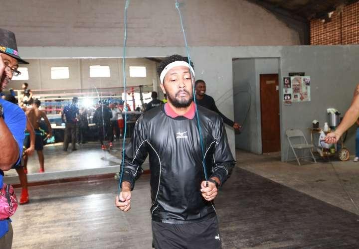 Anselmo 'Chemito' Moreno planea retornar al boxeo