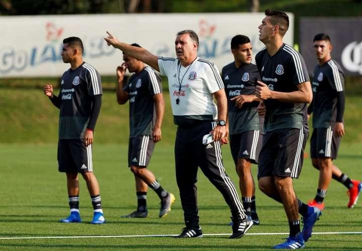 Gerardo Martino en el entreno de la selección mexicana./ Foto EFE