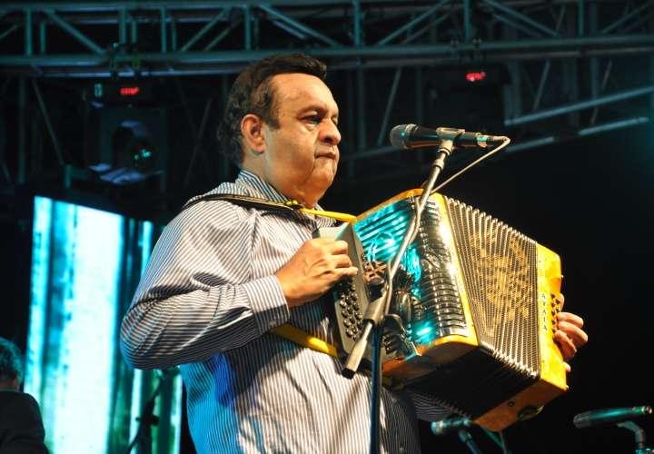 Artistas 'sonados' quedan fuera del Carnaval
