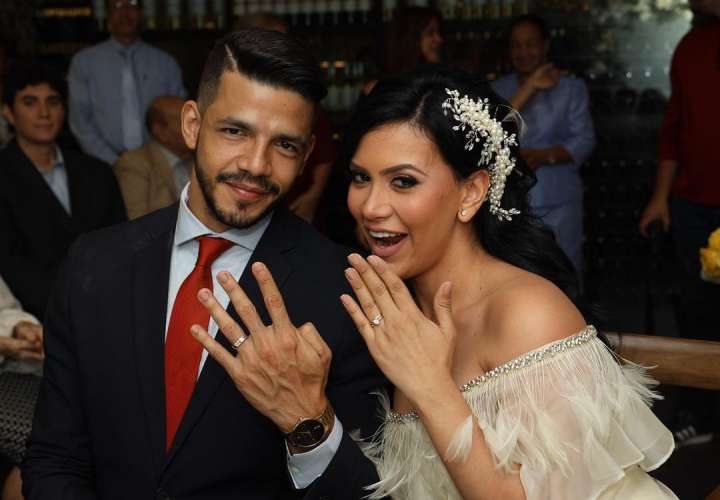 Gladys Brandao se casó por lo civil en una ceremonia muy íntima