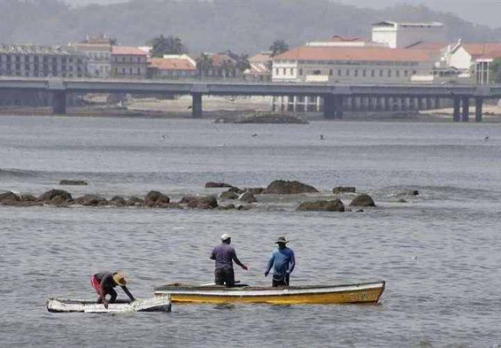 Vista de la bahía en costa de Paitilla, en Ciudad de Panamá (Panamá). EFE
