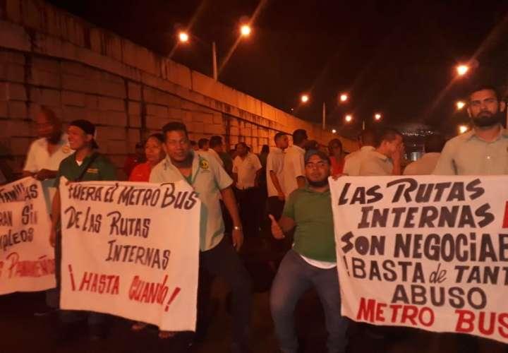 Panamá Este amaneció con un paro de transporte por varias horas