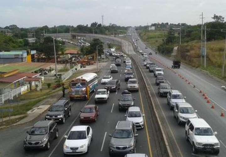 Mañana inicia la inversión de carriles hacia el interior por la Semana Santa