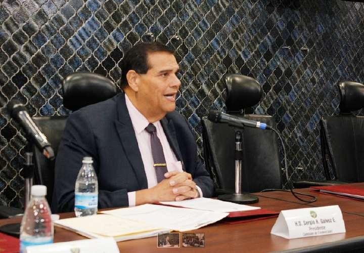 Diputados le demoran ratificaciones a Varela