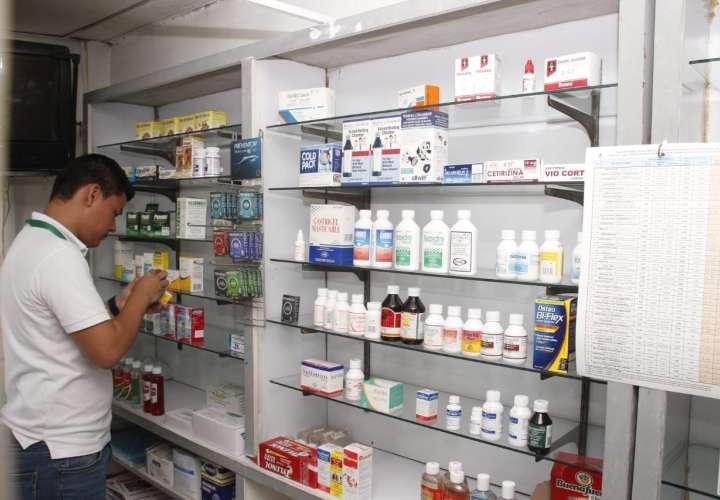 Farmacia en Chitré vendía medicamentos sin registro sanitario