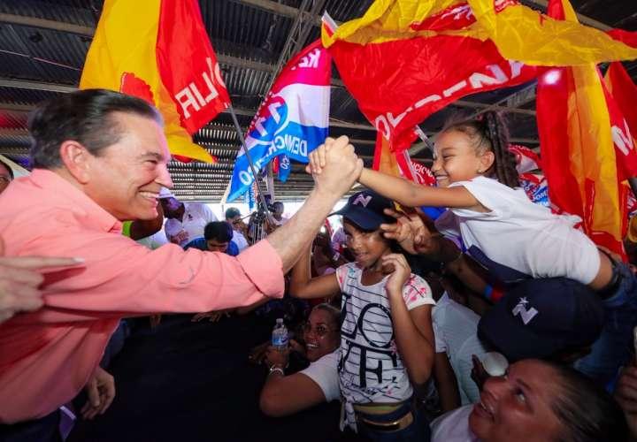 """EE.UU. urge al presidente electo de Panamá a """"priorizar la transparencia"""""""
