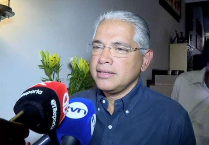 Cancelan noche de cuchillos largos en el Panameñismo