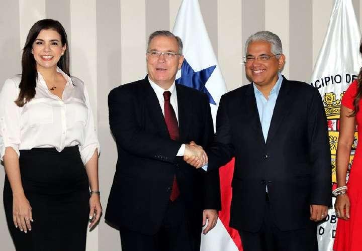 Se inicia transición en alcaldías de Panamá y San Miguelito