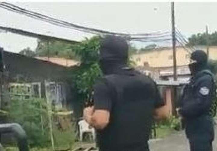 Incautan más de 70 mil dólares tras allanamiento en una casa en Felipillo