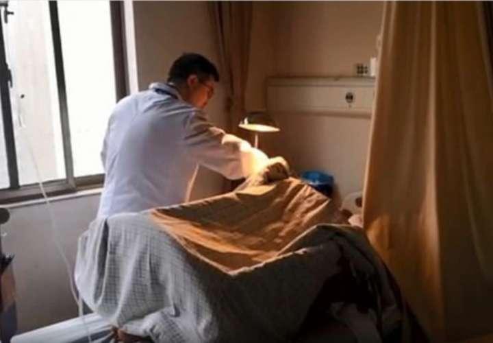 El hospital Xiangya, ubicado en Changsha, China, era el único que contaba con el personal de especialistas necesario para reimplantarle el pene a la víctima. Foto: Xiangya Hospital/Weibo