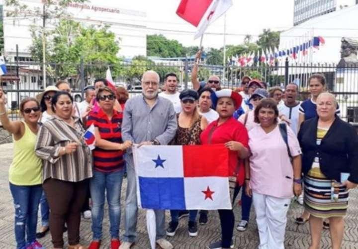 Los pro reforma migratoria y los anti xenofobia se manifiestan