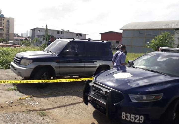 Auto baleado y con sangre fue robado en El Chorrillo