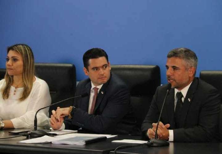 Proyecto de contrataciones no excluirá a Odebrecht