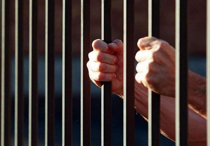 Condenan a 3 a 100 y 120 meses de prisión por tráfico internacional de drogas