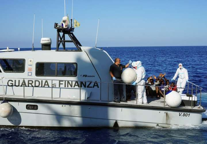 España ofrece a 'Open Arms'un puerto cercano