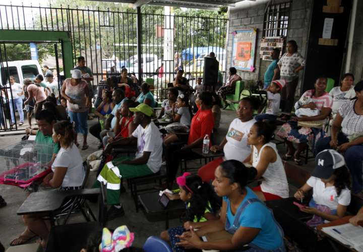 Realizan feria de esterilización y vacunación de mascotas San Miguelito (Video)