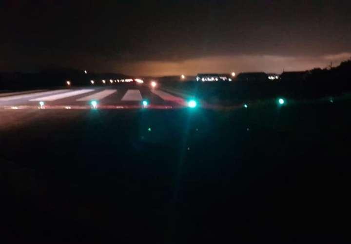 Roban cables de la pista de aterrizaje del Aeropuerto Panamá Pacífico