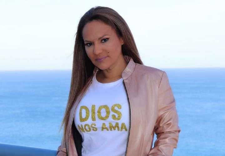 Sandra Sandoval vuelve al quirófano