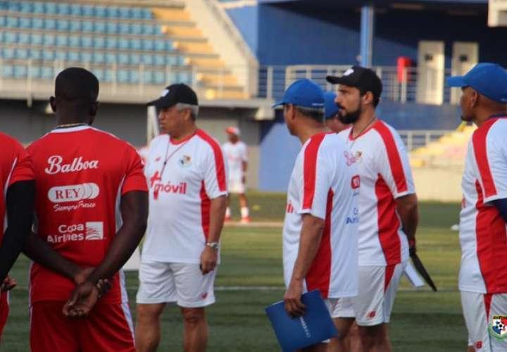 Américo Gallego, técnico de la selección panameña. / FEPAFUT