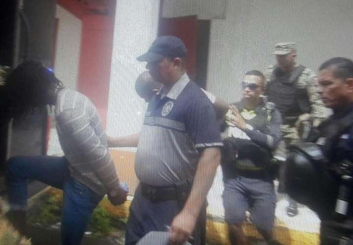 Legalizan aprehensión contra 3 hombres por robo y privación de libertad en Mucec