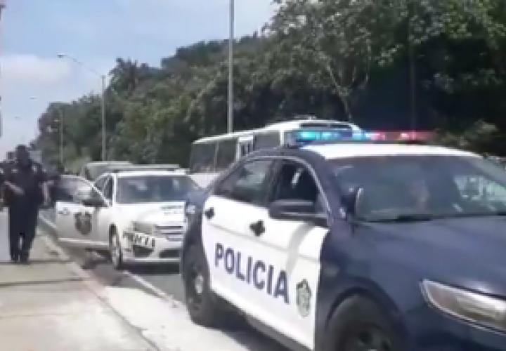 Balacera en avenida de Los Mártires deja saldo de un herido [Video]