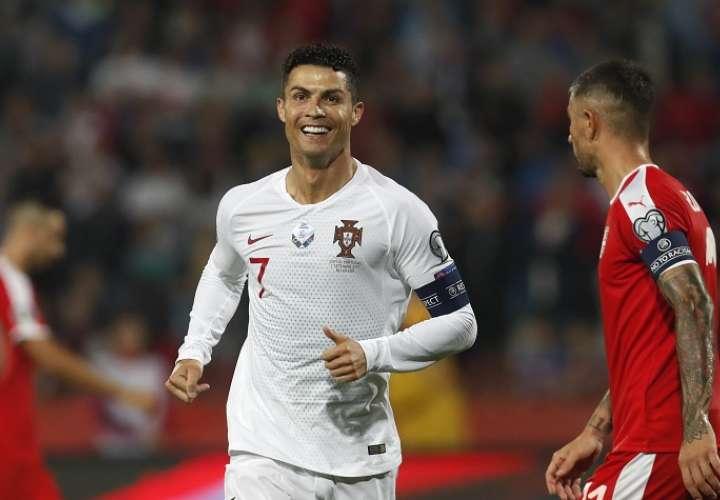 Cristiano es el alma de Portugal. /AP