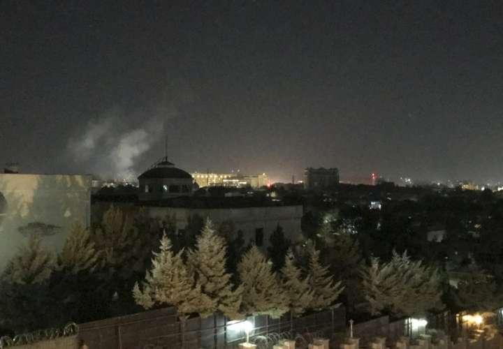 Explota cohete en la embajada de EEUU en Kabul en el aniversario del 11-S