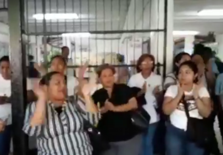 No quieran a docente en el Instituto Comercial Panamá [Video]