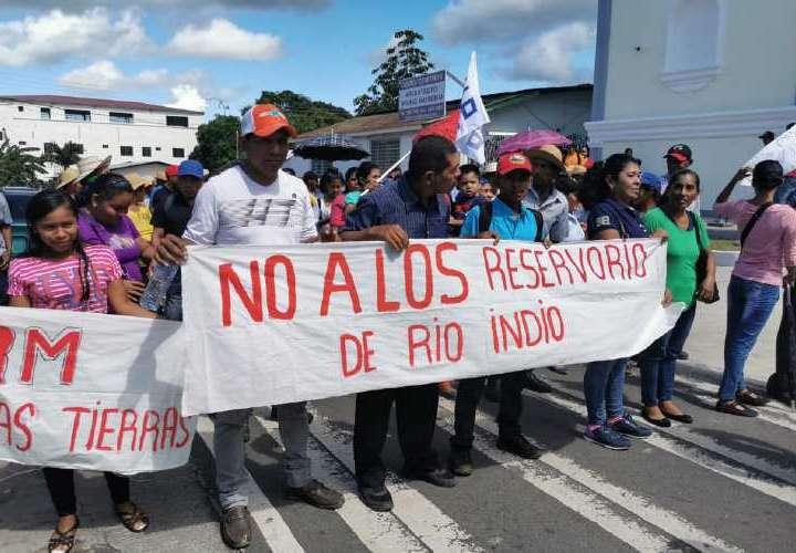 No cederán sus tierras para la ACP