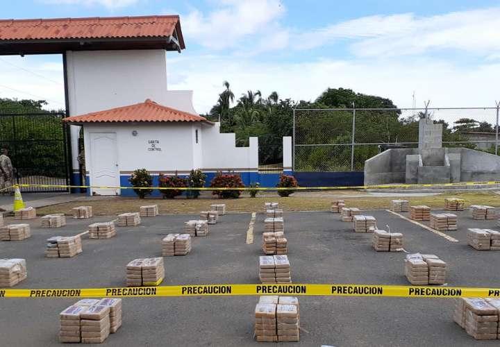Hallan más de mil paquetes de cocaína en el río Tonosí [Video]