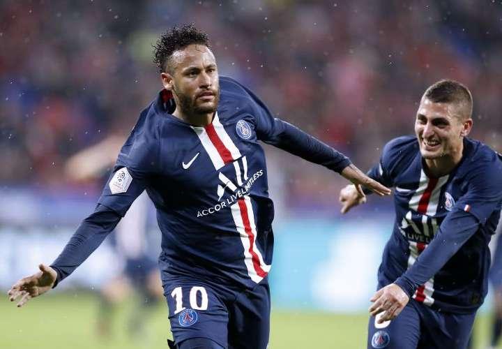 Neymar da el triunfo al PSG con un golazo