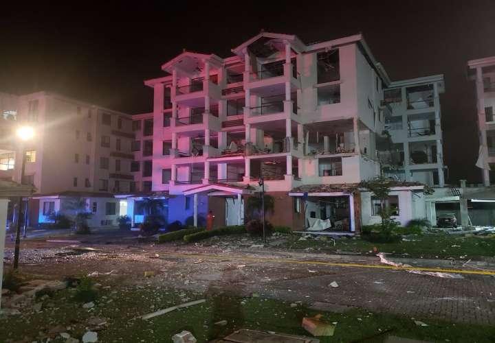 Dictan reporte periódico para 3 colaboradores por explosión del PH Costa Mare