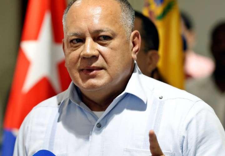 Cabello niega que Rafael Correa esté en Caracas