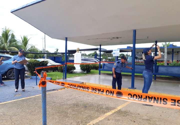 Clausuran entrada de colegio ocueño por seguridad