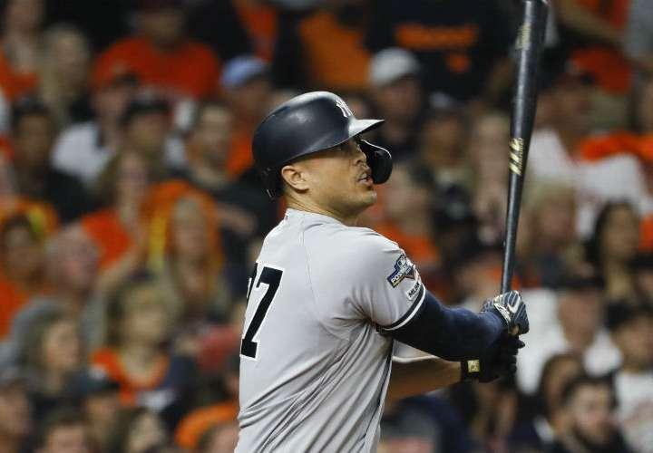 Yankees suman a Giancarlo Stanton para tratar de salir del hueco ante los Astros