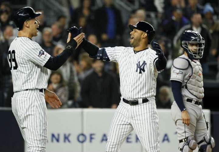 Yankees de Nueva York vencen a los Astros y siguen con vida