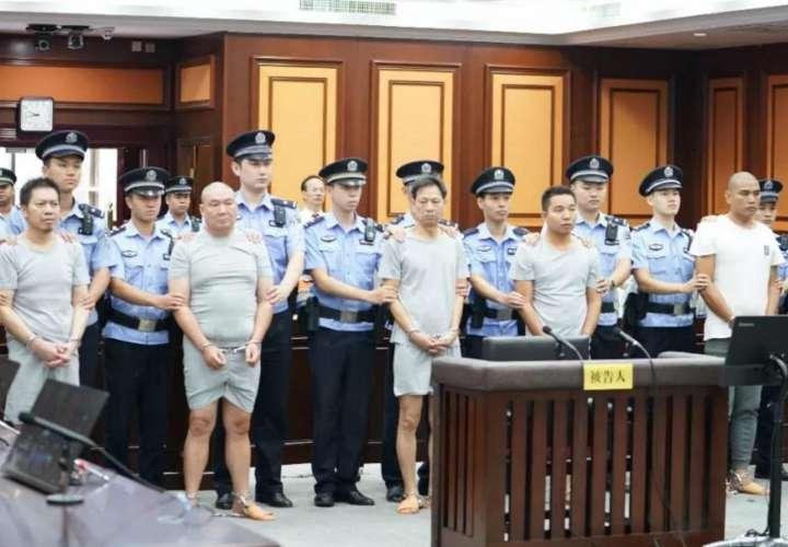 Encarcelaron a seis asesinos por ser perezosos y hablar con la víctima
