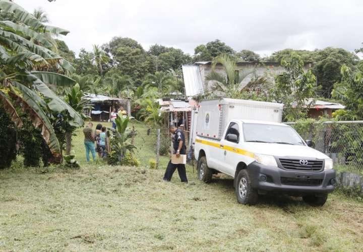 Hombre muere electrocutado en una casa en Las Garzas [Video]