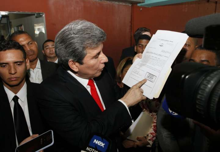 """Moncada Luna llama """"demonio humano"""" a Varela, tras decretarse extinta su pena"""