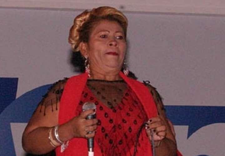 Honras fúnebres de la cantalante Emérita Castillo serán el jueves