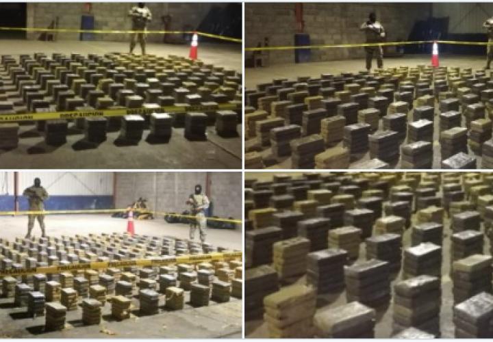 890 paquetes de cocaína fuera del alcance de los narcos